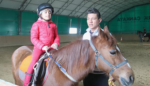 Pony21022018c