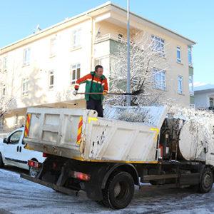 Çankaya'da Yoğun Karla Mücadele Çalışması