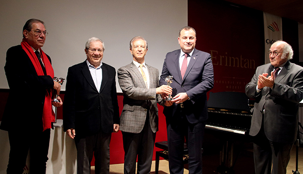 Çankaya Belediyesine Çağdaş Sanat Ödülü